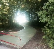 Serpentine Driveway 500' in lenght