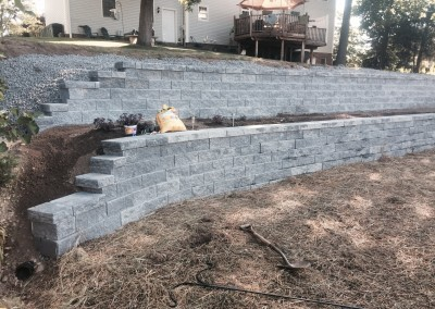 Retaining Wall Finishing Touches